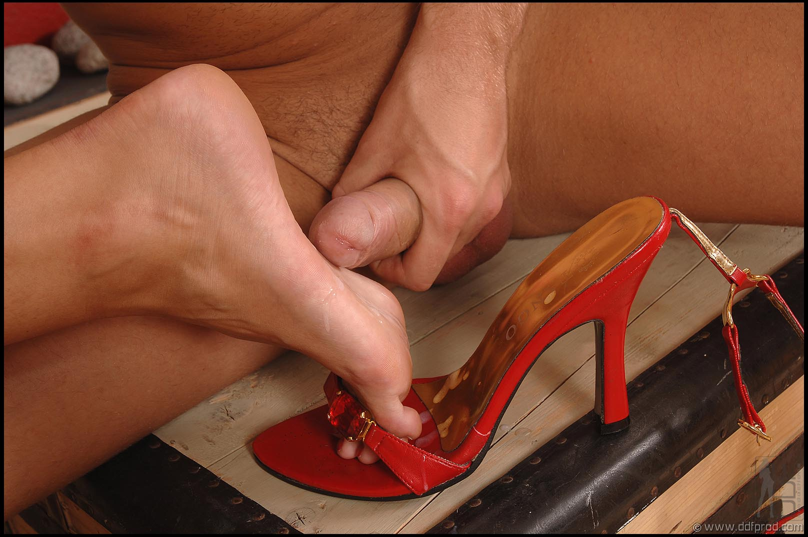 High heel job cum on shoe 3